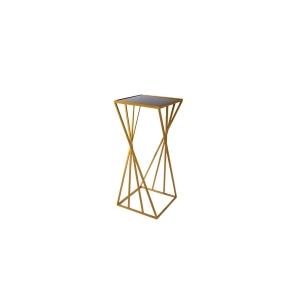 שולחן צד זהב גיאומטרי