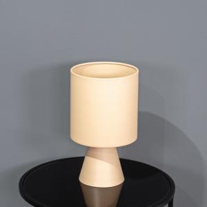 אגרטל מתכת בעיצוב מודרני-ורוד