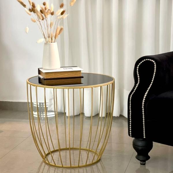 שולחן קפה גיאומטרי זהב